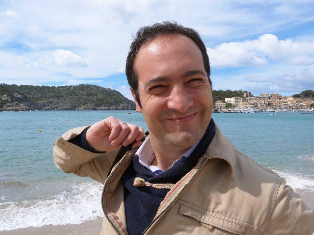 Míkel Bengoa se acaba de doctorar en la Universidad de Zaragoza.