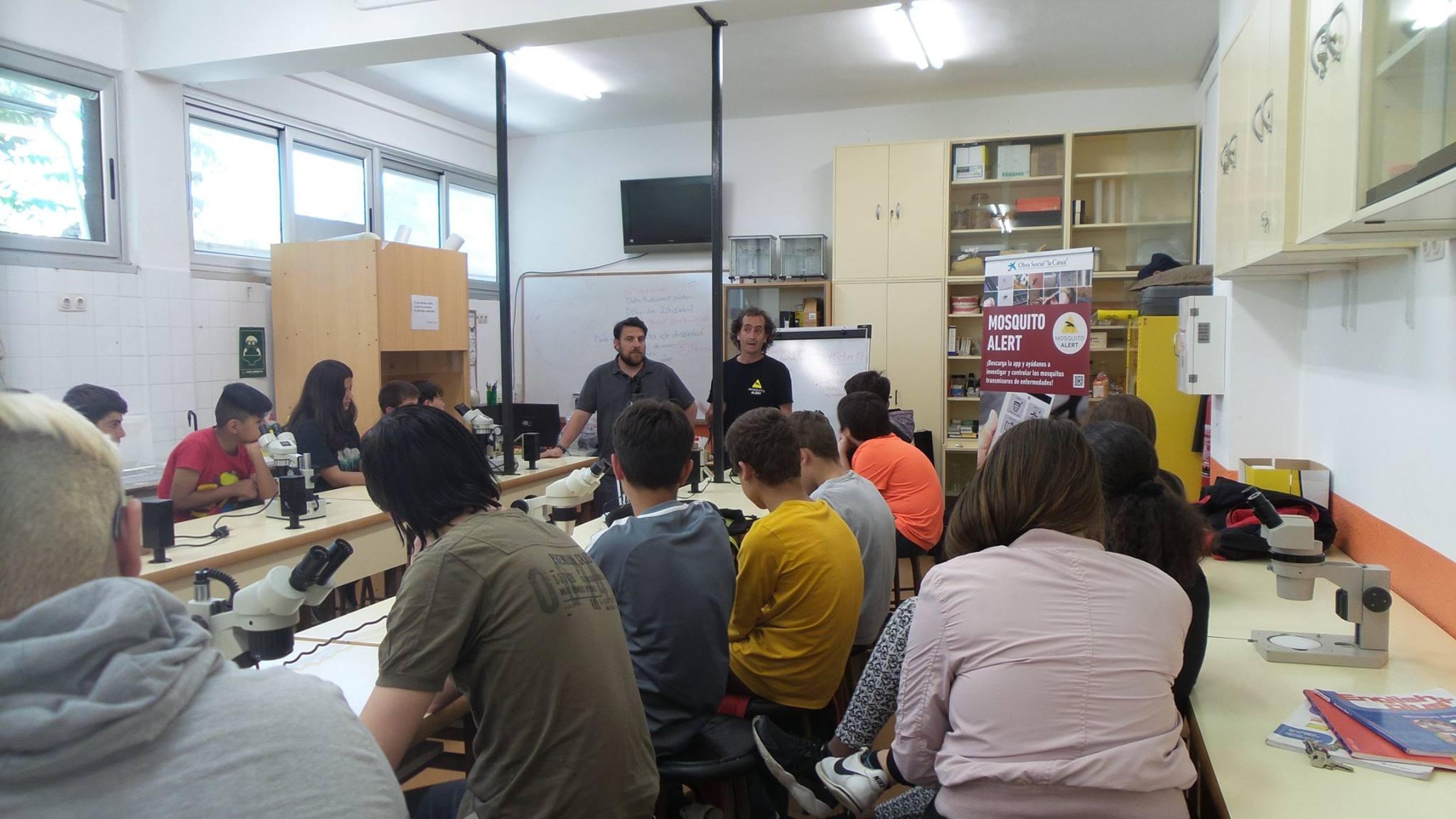 Programa educativo en las escuelas con la visita de Tomás Montalvo. Foto: ASPB